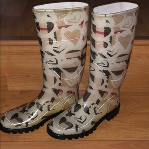 Burberry tall rain boots!